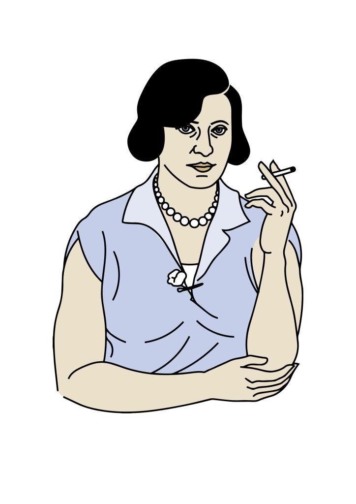 Eine Frau mit mittellangen, schwarzen und seitlich gescheitelten Haaren, mit einem ärmellosen Kleid und Perlenkette hält in der linken Hand eine Perlenkette